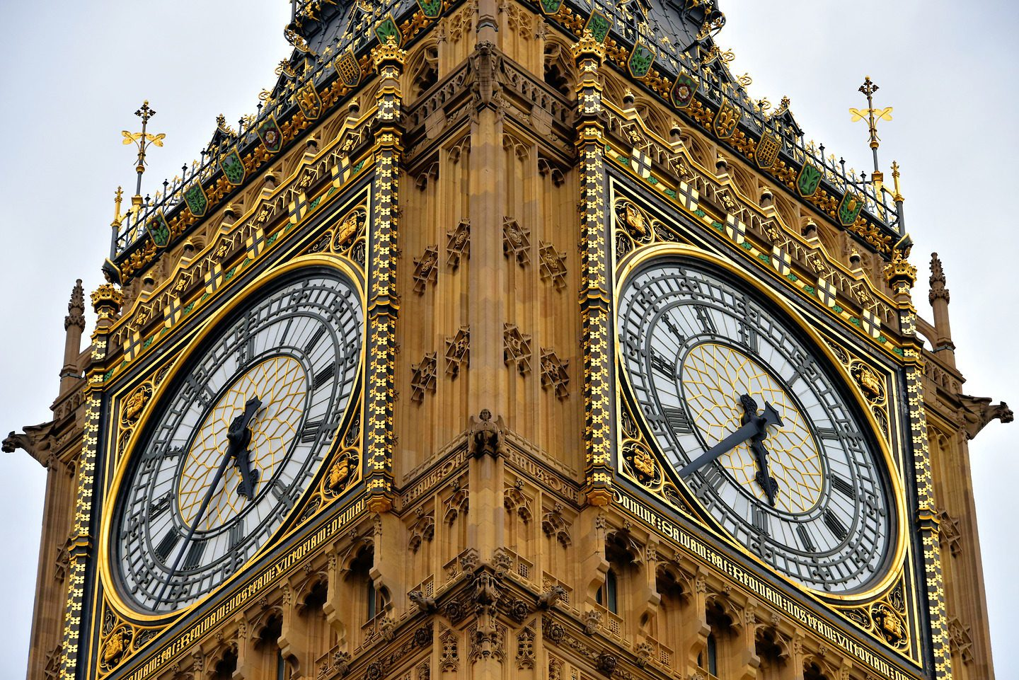 England-London-Palace-Westminster-Big-Ben-Close-1440×961